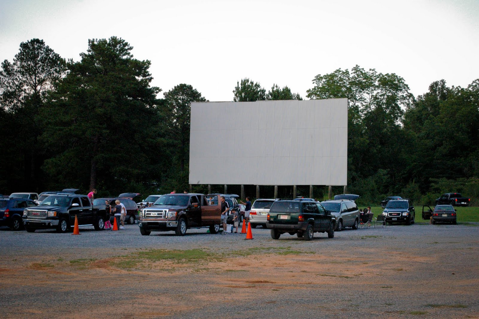 location of drive in theaters drive in rocky point ny. Black Bedroom Furniture Sets. Home Design Ideas